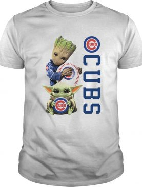 Baby Groot And Baby Yoda Hug Chicago CUBS shirt