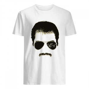 Freddie mercury face signature tee 1970s british rock band  Classic Men's T-shirt