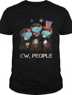 Otter mask hug soap ew people american flag independence day shirt